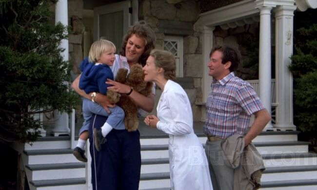 映画「ガープの世界」から主演のロビン・ウィリアムズと友人役の元アメフト選手